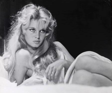 Brigitte Bardot dans le prochain film de Jean-Luc Godard: La considération