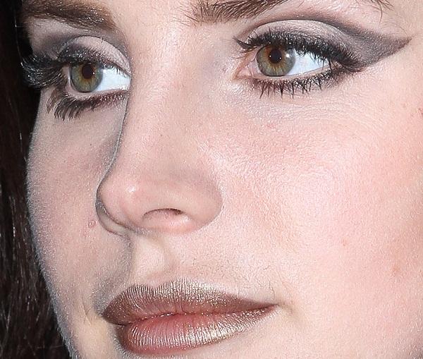 Lana Del Rey Sighting In Paris - November 15, 2012