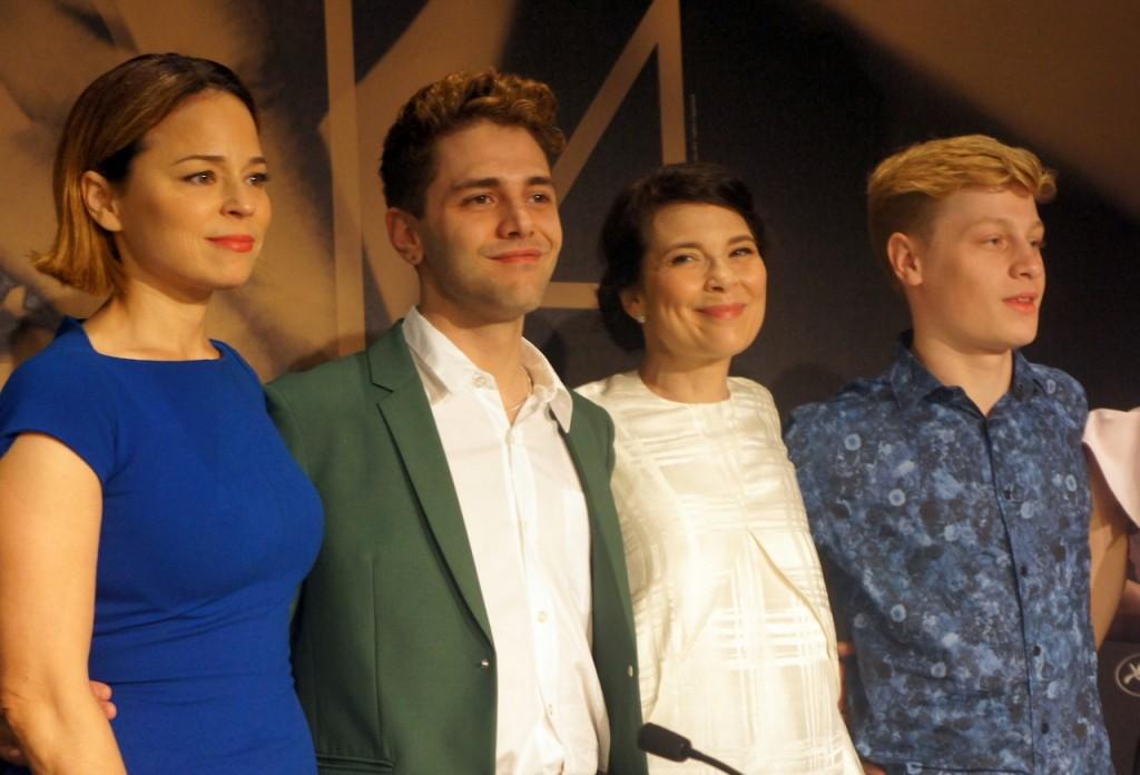 Suzanne Clément et l'équipe de MOMMY
