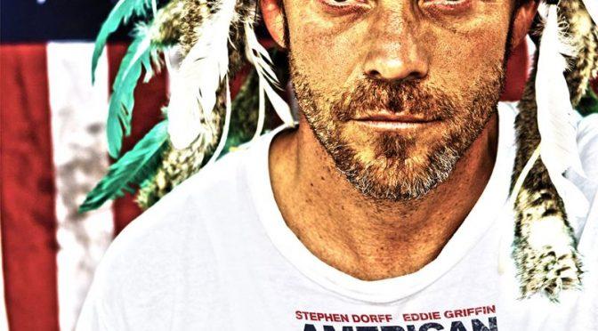 American hero : Un film de super héros indépendant américain