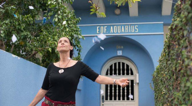 Aquarius: Portrait d'une femme et d'un pays