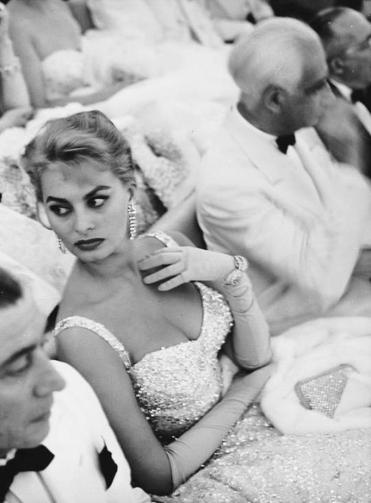 les femmes italiennes à la recherche du mari