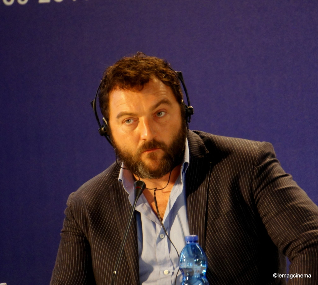 Denis Ménochet en conférence de presse à Venise pour jusqu'à la garde