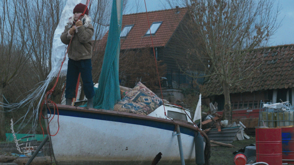 L'attribut alt de cette image est vide, son nom de fichier est 67_THEVDW_STILLS002_Nederlandsefilmacademie_EvaHeinsbroek_HP.jpg.